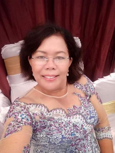 روزا من أندونسيا أرملة 45 سنة تبحث عن علاقة تعارف
