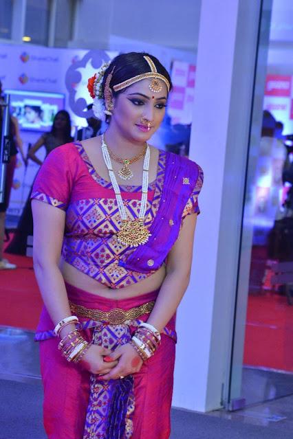 Actress Hariprriya New Photos At Gaana Mirchi Music Awards South Navel Queens