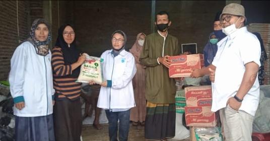 Peduli Korban Banjir, Jatim Berbagi Salurkan Bantuan di Kaliwates Jember
