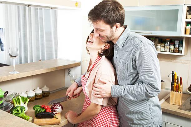 Tips agar Tetap Serasi dan Kompak bagi Pasangan yang sudah Lama Menikah
