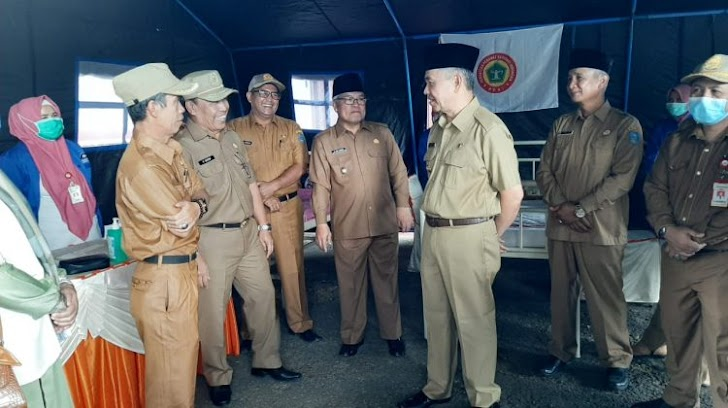 Bupati Adirozal Beserta Wabub Ami Taher Tinjau Posko Donor Darah PPNI