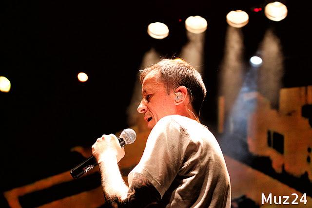 Фотографии с концерта группы Кровосток в Главклубе