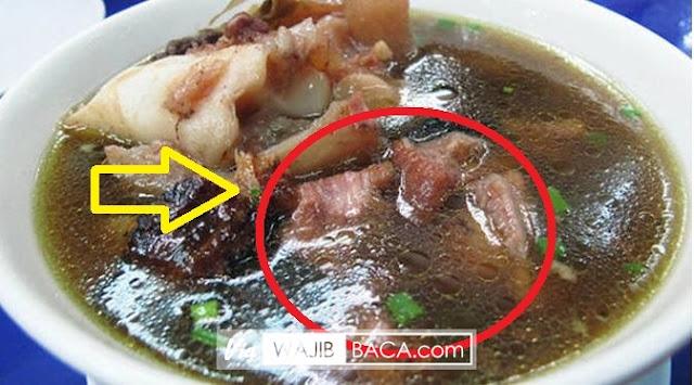 Menyantap Sup Daging Memang Lezat, Tapi Jika di Dalamnya Ada Sesuatu Seperti Ini? Hii...