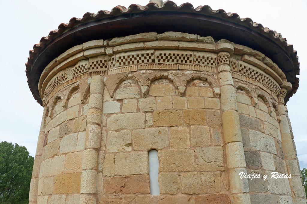 Ábside de la ermita de San Pelayo, Perazancas
