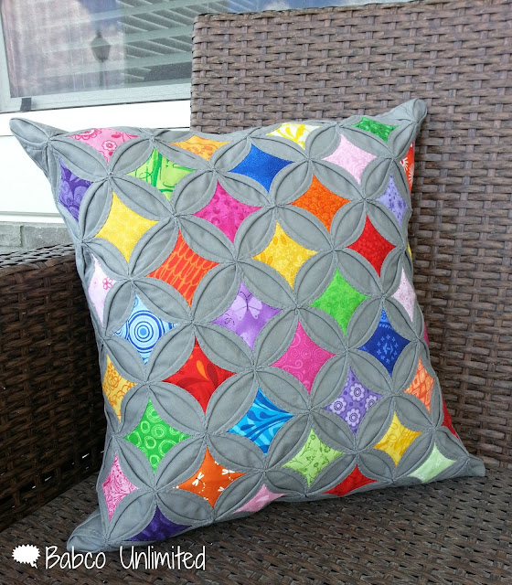 BabcoUnlimited.blogpsot.com - Cathedral Window Quilt, Modern Cathedral Window Quilt, Pillow