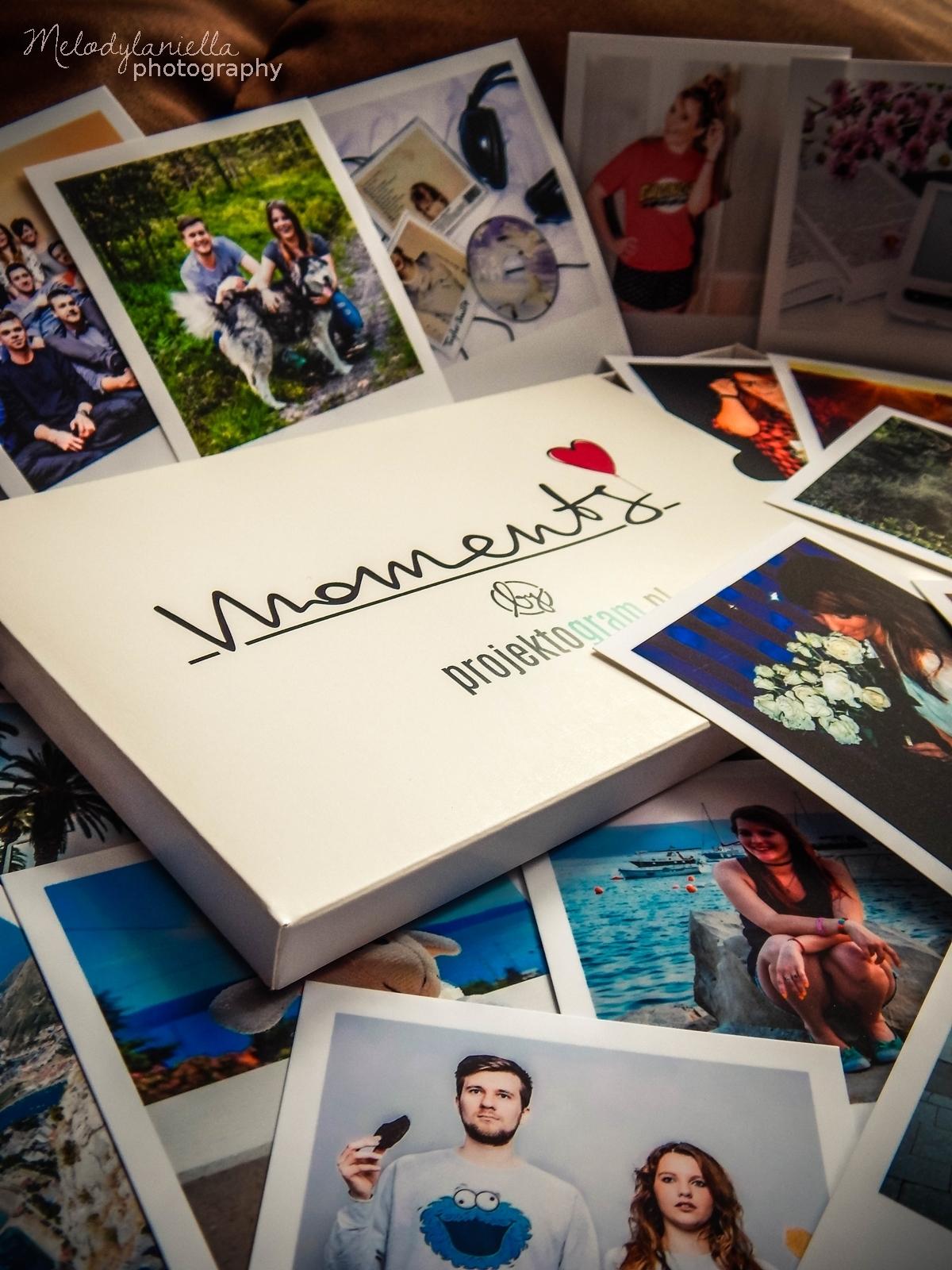 projektogram zdjecia polaroid polaroidy wywolane instagram kwadraty nietypowe wywolanie zdjec wspomnienia z wakacji prezent dla lubiacych zdjecia nowosc aplikacja fotki