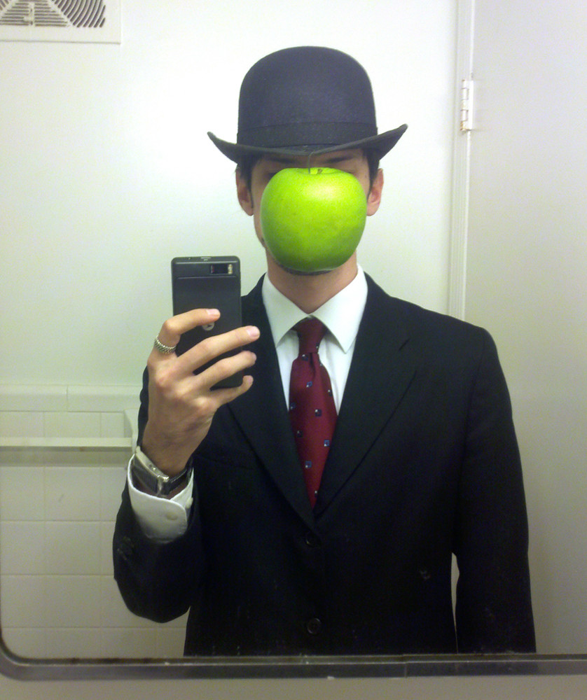 Super Punch: Magritte's Son of Man costume