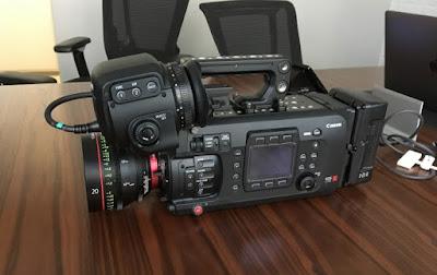 Canon EOS C700 FF PL Firmware最新ドライバーをダウンロードする