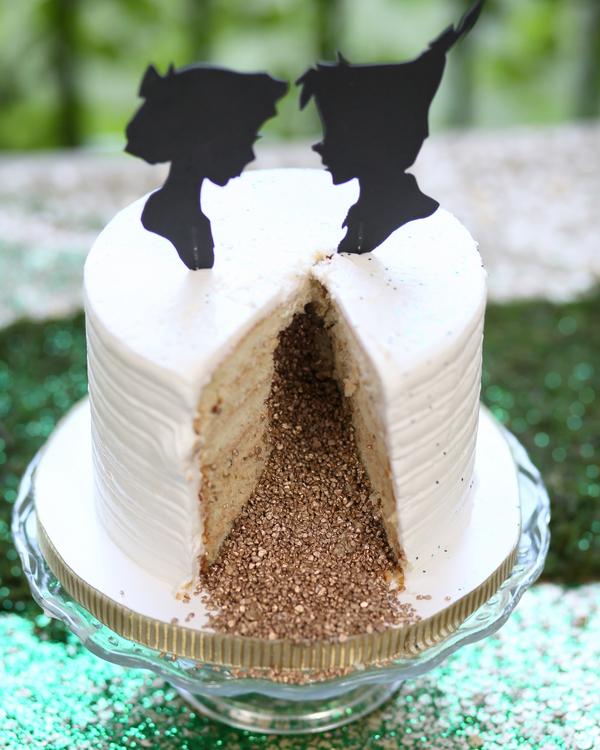 bride+groom+peter+pan+themed+neverland+wedding+tinker+bell+fairytale+princess+wendy+darling+captain+hook+fairy+dust+green+rustic+andy+sams+photography+16 - Neverland