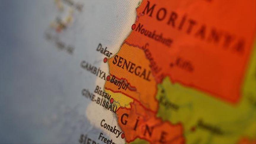 Senegal'den Fransız okuluna 'Başörtüsü' uyarısı