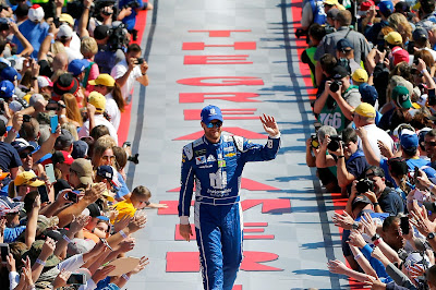 Dale Earnhardt Jr. to Retire Following 2017 Season