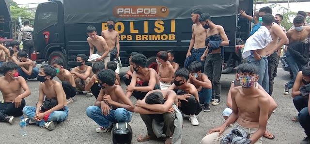 Ikut Demo UU Cipta Kerja, 80 Pelajar Bawa Molotov dan Senjata