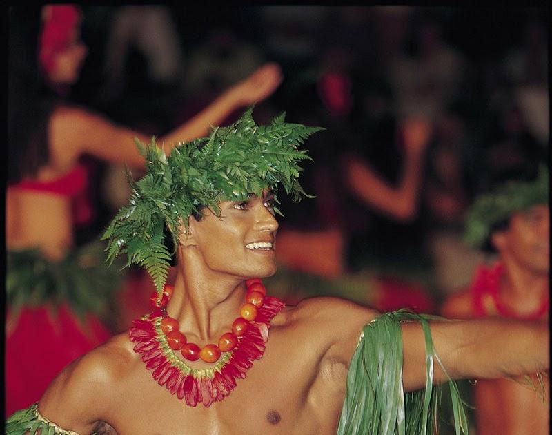 Beautiful Nude Polynesian Women
