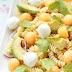 Nudelsalat mit Melone,Avocado und Mozzarella