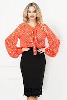 Bluza orange cu buline argintii si funda stilizata