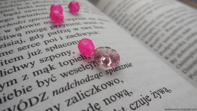 inspiracja kolorem różowym