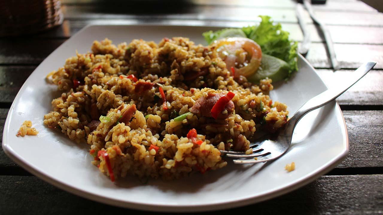 Cara Membuat Nasi Goreng agar Sehat untuk Disantap