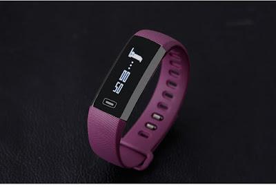 Ngjyra vjollce per femra e ores per fitnes