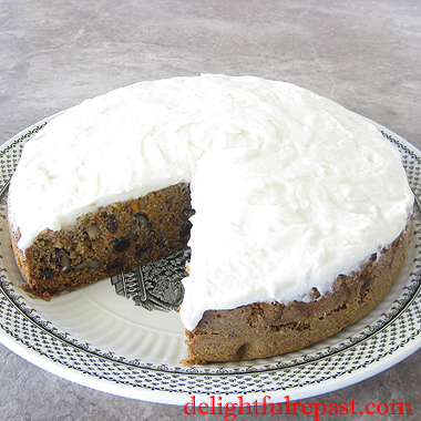 Olive Oil Carrot Cake - Cream Cheese Frosting / www.delightfulrepast.com
