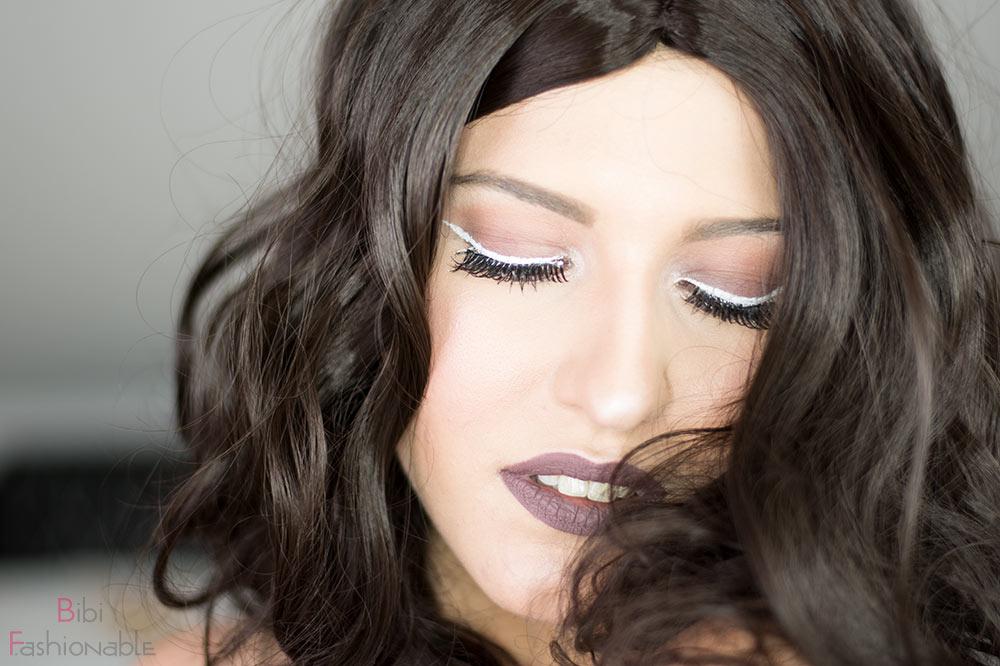 Nachgeschminkt Taupe Eyes and Lips with White Liner Augen geschlossen