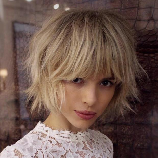 medium short hairstyles 2019 female