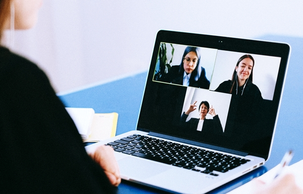 Menggunakan  Digital Storytelling di Kelas