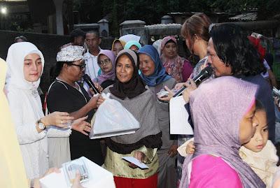 Santunan Untuk Janda Dhu'afa di 24 Tahun Humaniora Foundation