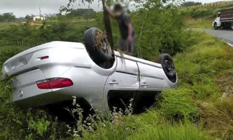 Humorista Kal do Canal sofre acidente de carro na Chapada Diamantina