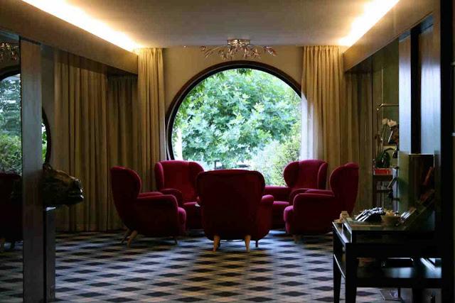 Lobby im Berghotel Tulbingerkogel © Copyright Monika Fuchs, TravelWorldOnline