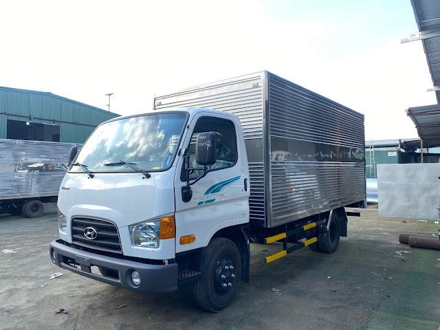 Hyundai 75s thùng kín tải trọng 3.5 tấn
