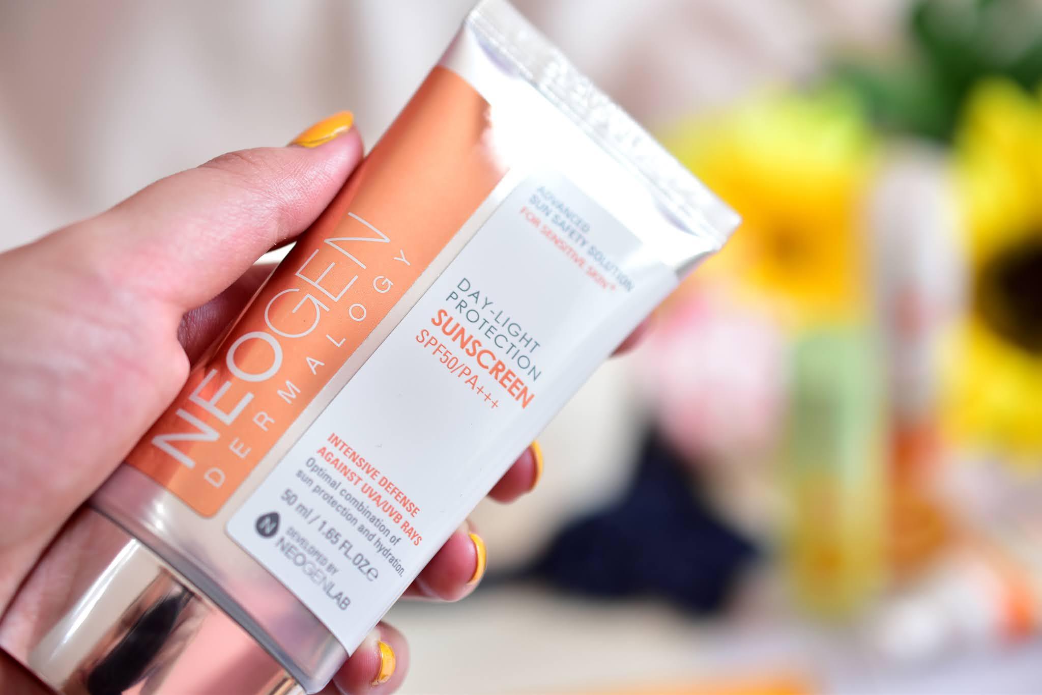 Neogen Day Light protection Sunscreen