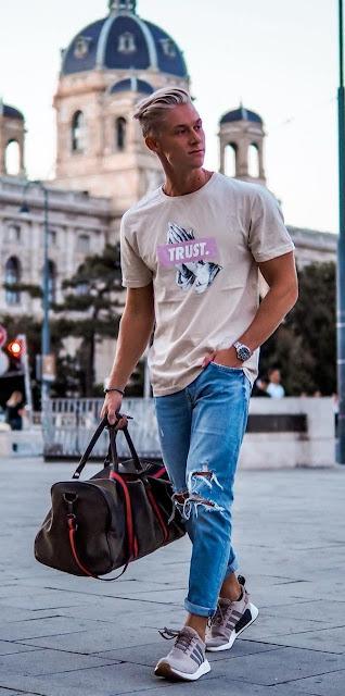 Saiba 3 maneiras Diferentes de usar do Jeans Rasgados Moda Masculina