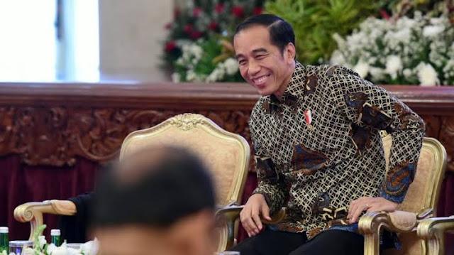 Survei Indikator: Kepuasan dan Kepercayaan terhadap Jokowi Menurun