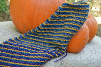 knitted striped scarf for sale https://www.etsy.com/shop/jeanniegrayknits, diagonal stripes scarf or cowl