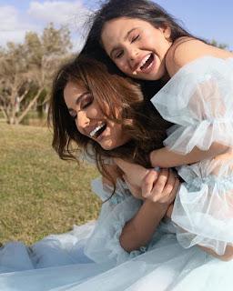 صور مي سليم  وهي تحتفل بعيد ميلاد ابنتها