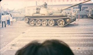 Pejabat China mengatakan 10.000 tewas pada tahun 1989