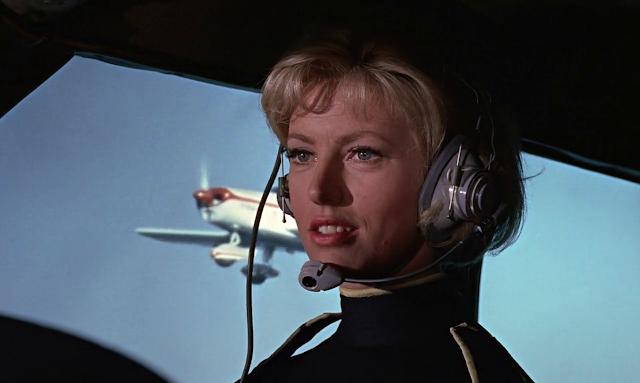 Goldfinger 1964 Dual Audio Hindi 720p BluRay