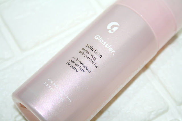 Glossier Solution - Exfoliating Skin Perfector