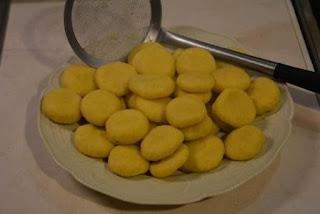 kluski z kaszy jaglanej i mąki kukurydzianej