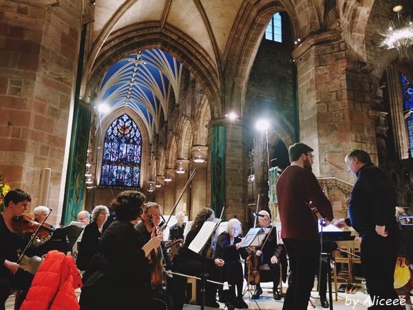 atractii--turistice-Catedrala-din-Edinburgh