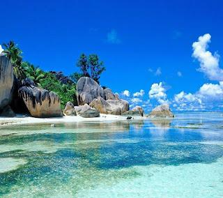 Menikmati Surga Di Pulau Memperak Belitung