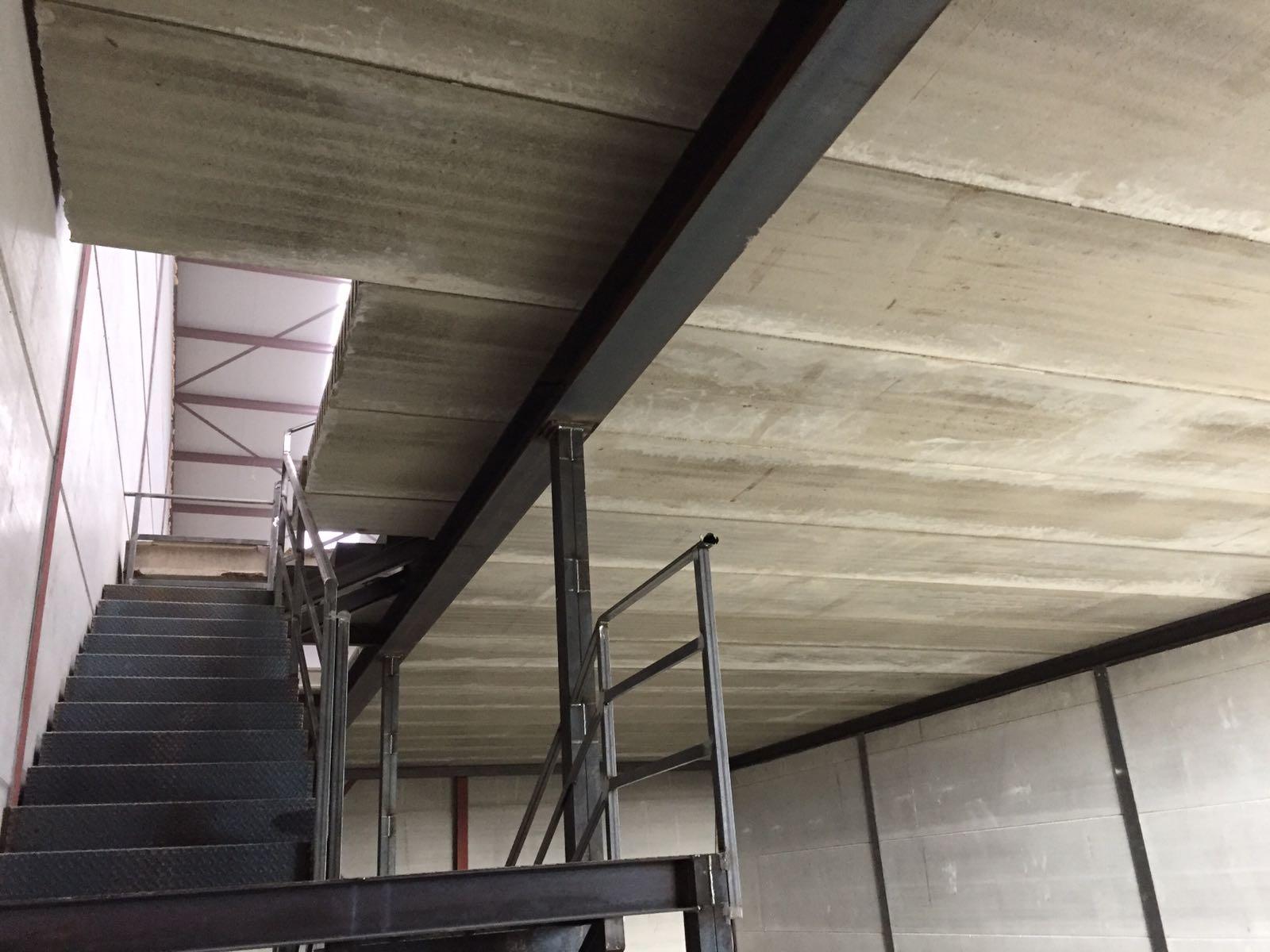Toledo nave industrial en toledo forjado alveolar for Forjado estructura metalica