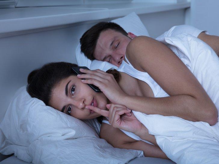 Tanda Pasanganmu Sudah Mulai Tidak Setia