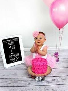 Gambar Bayi Lucu Ulang Tahun