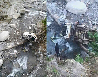 Vehicle falls on stream kills three at Gitadabling village