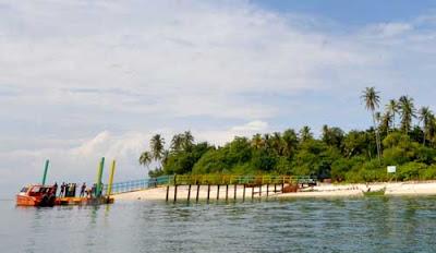 Foto pulau tangah pariaman