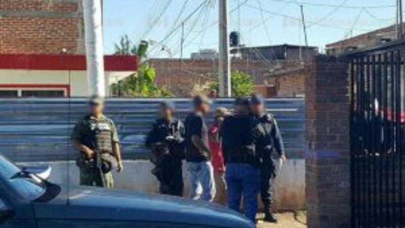 Torturan y ejecutan a 2 hombres en Michoacán