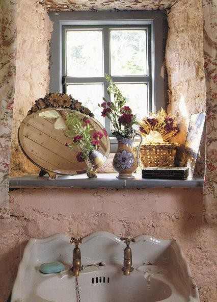 Dishfunctional designs the bohemian bathroom for English cottage bathroom ideas