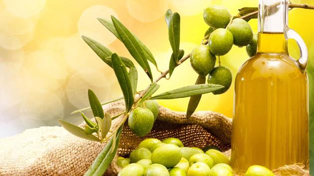 4 Manfaat Alami Minyak Zaitun Untuk Kesehatan dan Kecantikan