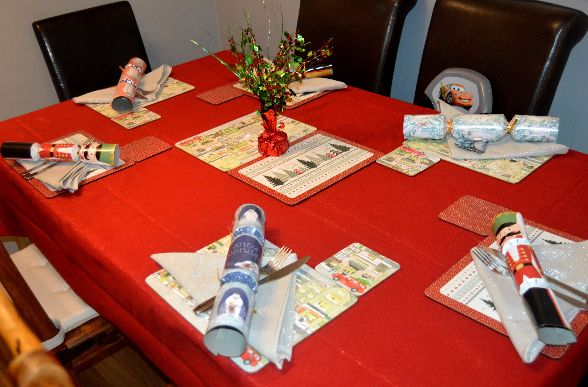 Decorate for Christmas Dining table